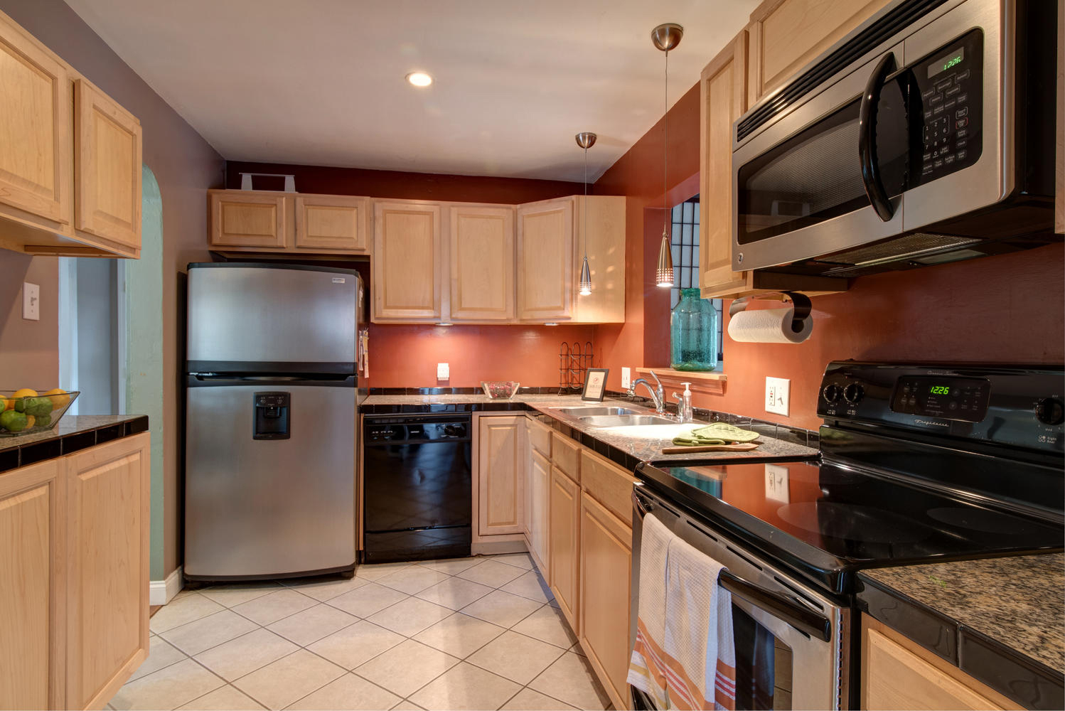 Imaginecozy Staging A Kitchen: Staged Cozy 1940's St. Pete Bungalow