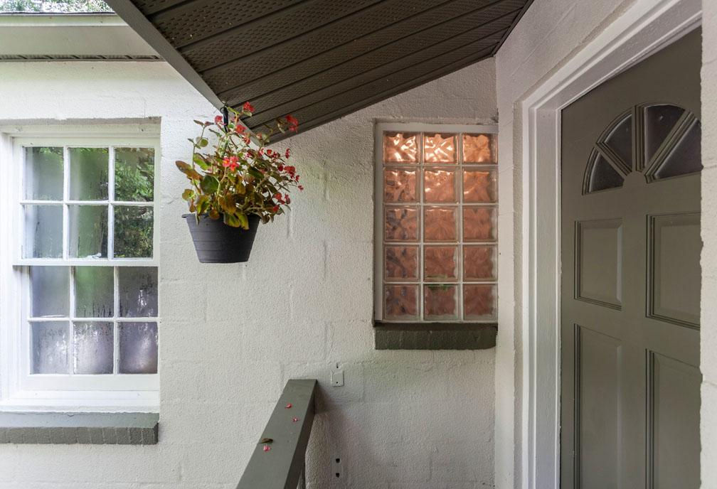 1940 S Cottage In Hampton Terrace Sold After Rehab