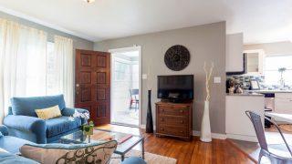 Henry St. Tampa living room to door