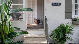 Henry St. Tampa open door