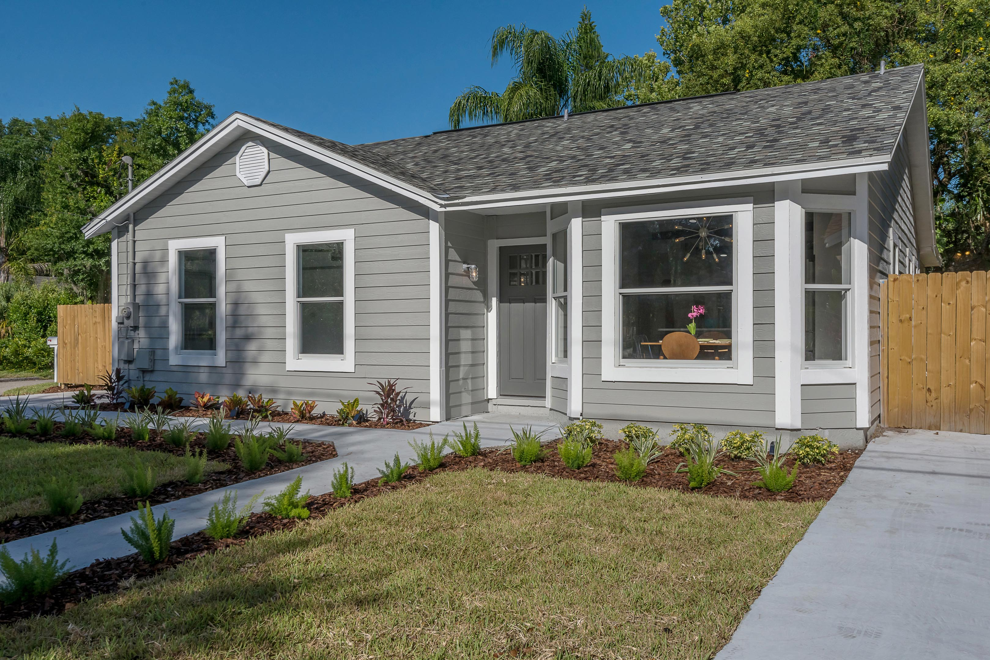 Home Staging Service Leads To Multiple Offers On This Mid