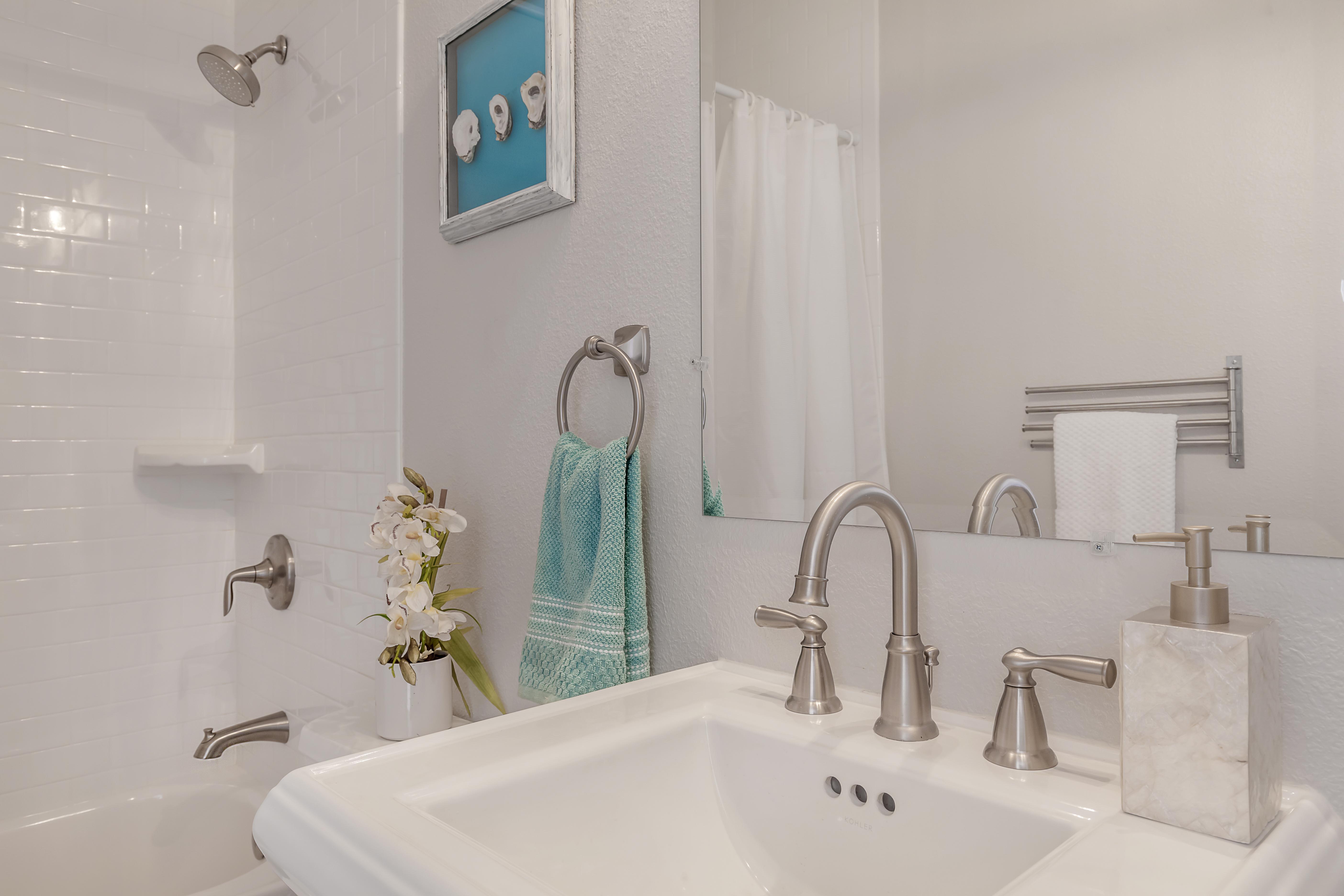 100 1940s bathroom design vintage bathroom decor for Bathroom designs 1940s